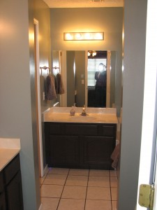 Master bath, two sinks, separate shower, bathtub.