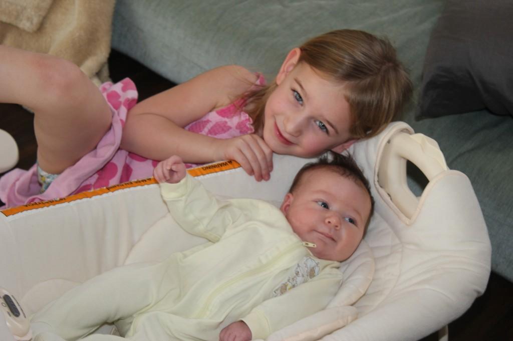 Sweet sisters =)
