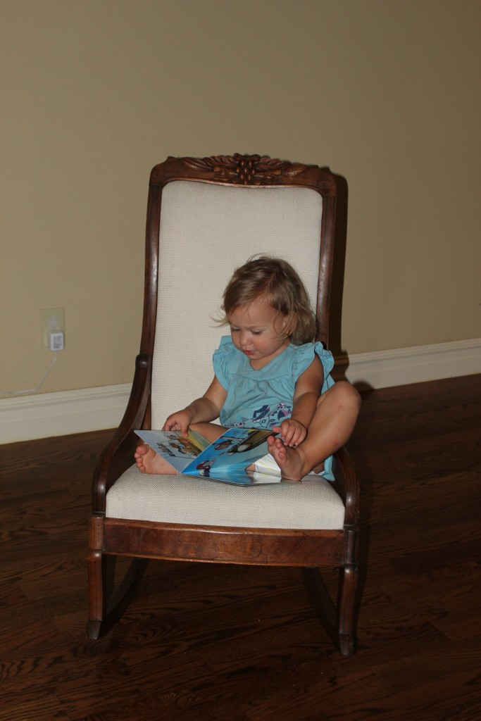 October =) Reading a Paw Patrol bookee =) I miss it already now that she says book instead of bookeee